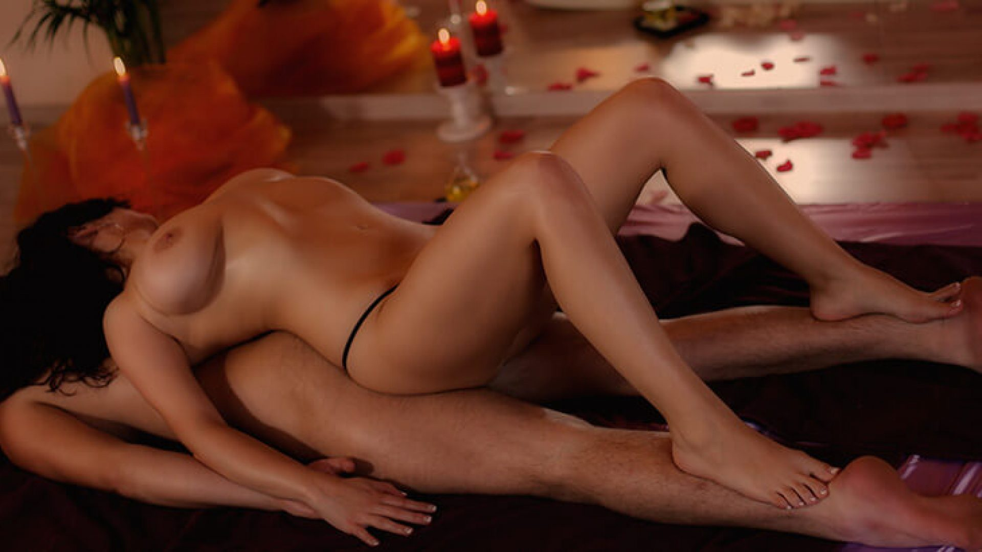 Things to know before taking erotic massage services
